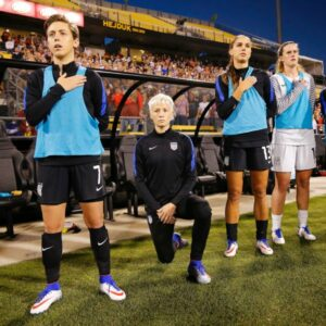 rapinoe-kneeling-for-anthem-300x300